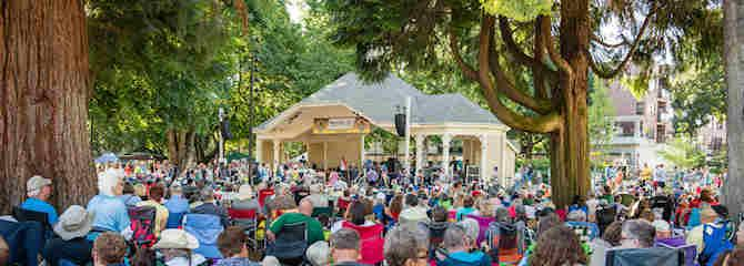 Summer concert at Esther Short Park