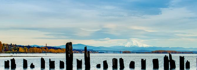 Photo of the Columbia River looking east to Mount Hood