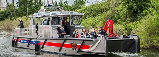 Photo of the Vancouver Fire Department's quick response vessel, Discovery
